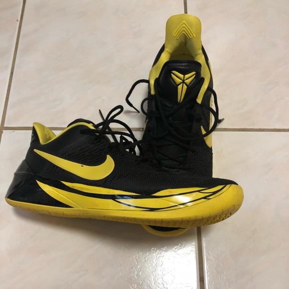 Nike Kobe AD X Oregon Ducks basketball shoes. M 5bbe262a4ab633f3a50b1fce cb3c7b01a6